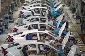 مخالف انحصار خودروسازان هستم