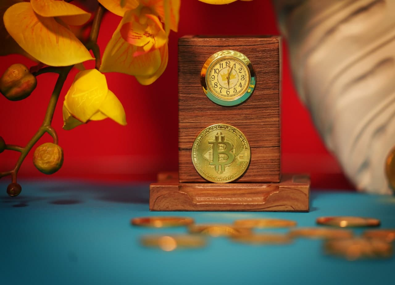ماینینگ ارز دیجیتال بیت کوین چیست ؟
