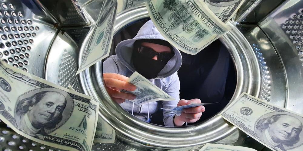پولشویی و فعالیات غیر قانونی