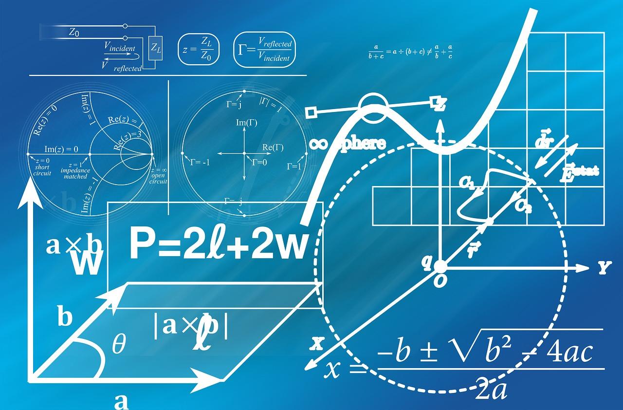 تفاوت بین نمودار حسابی و لگاریتمی